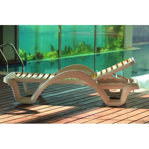 Carmen T Sunlounger by Balliu - White structure and yellow slats