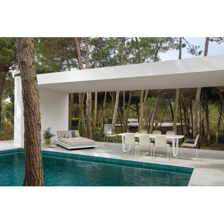 Rectangular outdoor dining table Air by Manutti - White frame, white top