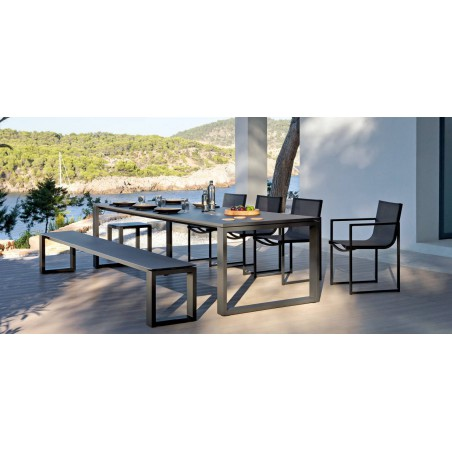 Rectangular outdoor dining table Fuse by Manutti