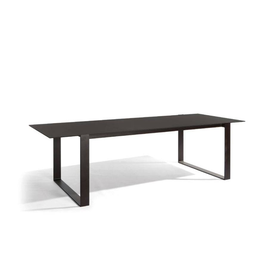 Rectangular Outdoor Dining Table Prato By Manutti - White rectangular outdoor dining table