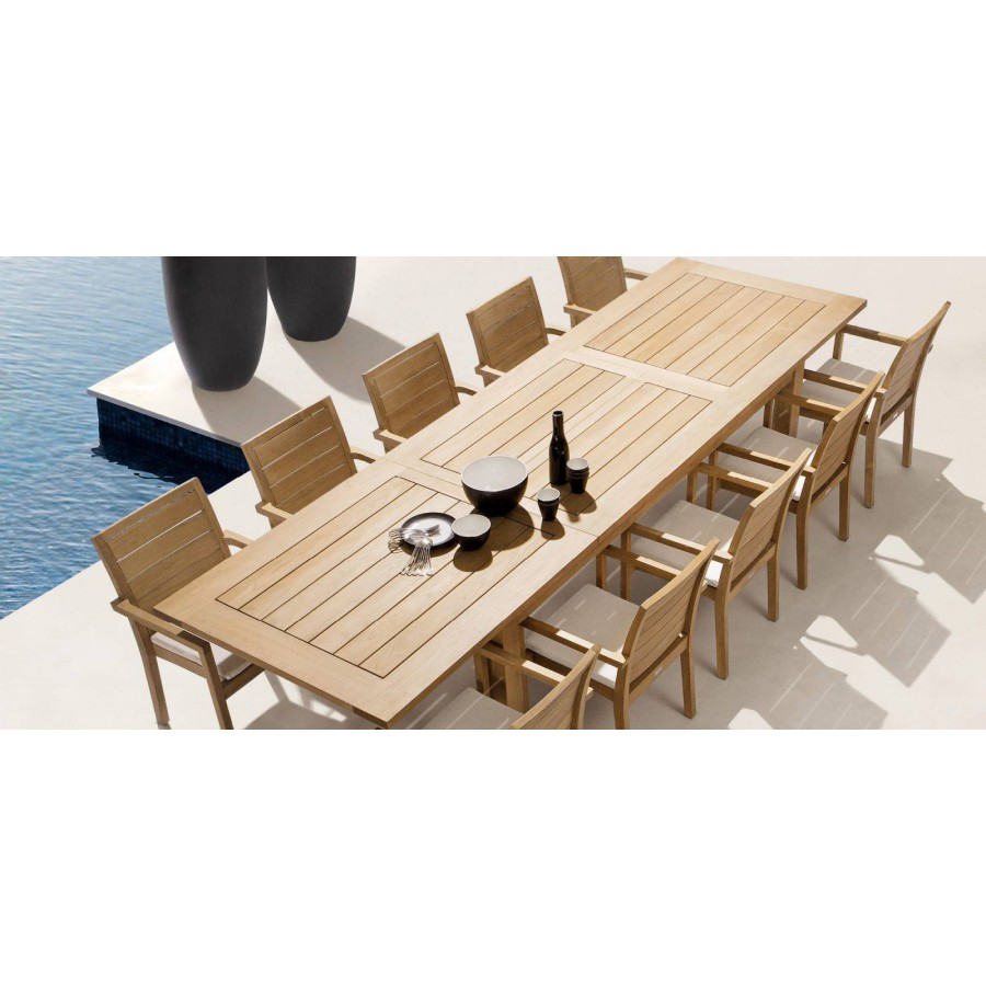 Extendible outdoor dining table Milano by Manutti - Open, frame and top teak