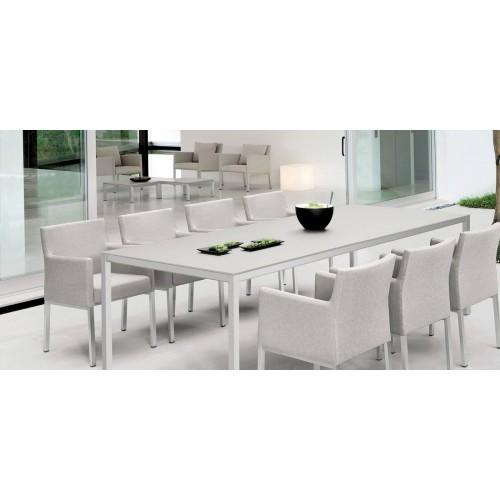 Rectangular outdoor dining table Quarto by Manutti - Shingle frame, teak top