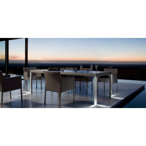 Table de repas extensible pour l'extérieur Luna de Manutti