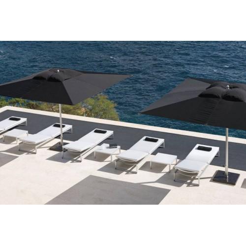 Table carrée lounge pour l'extérieur Liner de Manutti