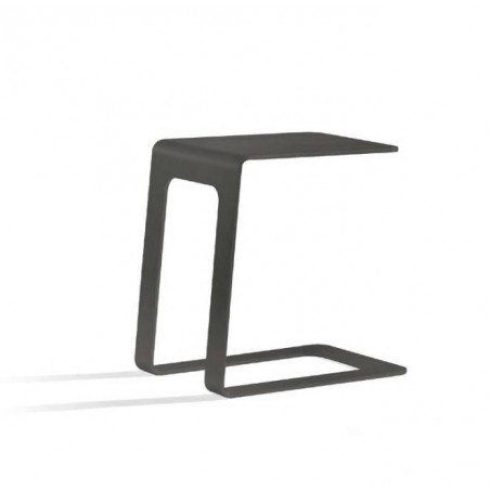 Opened outdoor side table by Manutti - Lava