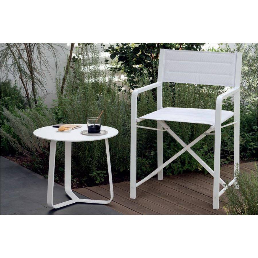 table d 39 appoint ronde pour l 39 ext rieur de manutti. Black Bedroom Furniture Sets. Home Design Ideas