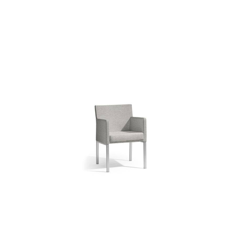 Outdoor chair Liner by Manutti - Anodised aluminium frame, Lotus smokey seat