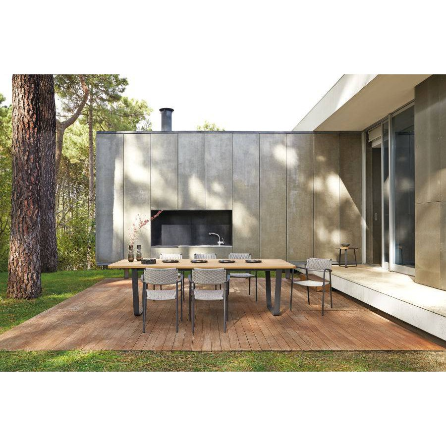 Outdoor chair Echo by Manutti