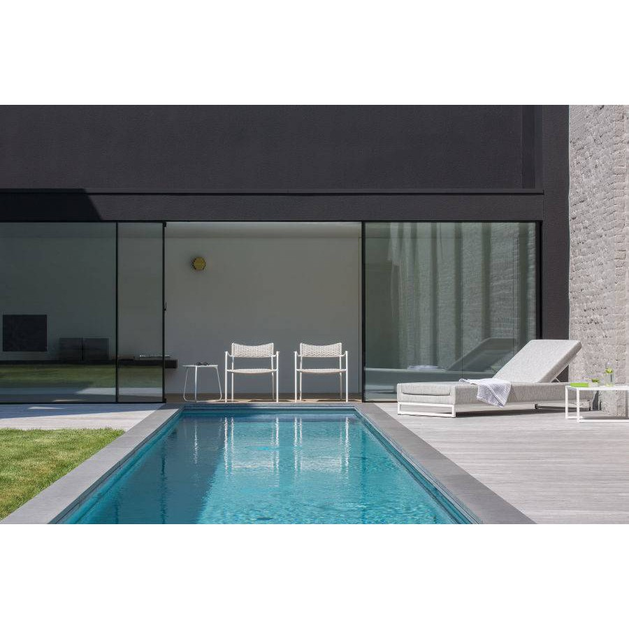 Outdoor armchair Echo by Manutti