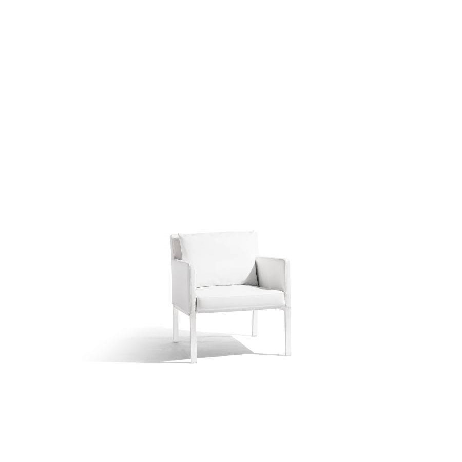 Outdoor armchair Liner by Manutti - White frame, white nautic leather seat