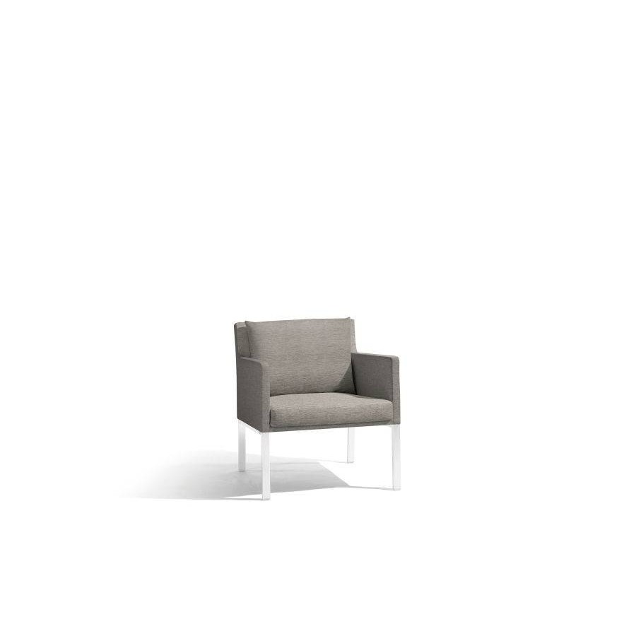 Outdoor armchair Liner by Manutti - White frame, Lotus sparrow seat