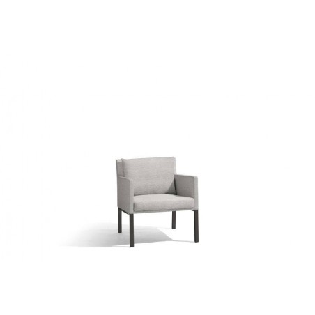 Outdoor armchair Liner by Manutti - Lava frame, Lotus smokey seat