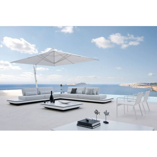 Outdoor coffee table Elements by Manutti