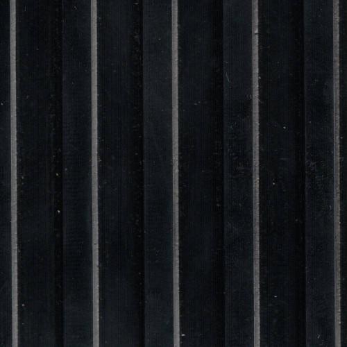 Rubber mat SBR large streaks per linear meter