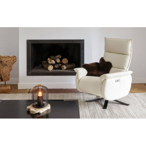 Model Rivoli Armchair - Burov